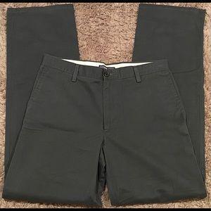 Men's Dockers straight fit Khakis Pants 32 x 34